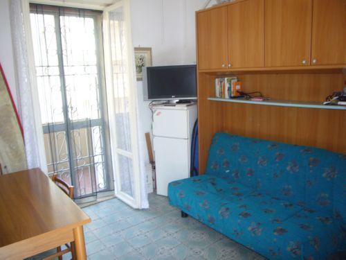 Appartamento Vicino Al Mare Con Terrazzo E Posto Auto
